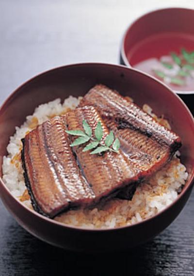 加持さんのうなぎ蒲焼き(タレ付き)1尾約140g【冷凍】