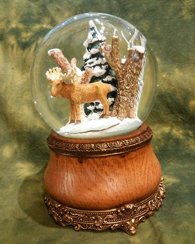 【輸入雑貨/クリスマス雑貨/インテリア】トナカイが心を癒やしてくれるスノードーム