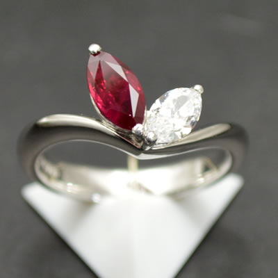 【ジュエリー/ルビー/指輪】PT ルビーダイヤモンドリング R/0.67カラット