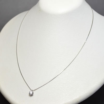 【ジュエリー/ダイヤモンド/ネックレス】PT ダイヤモンドペンダントネックレス D/0.512カラット