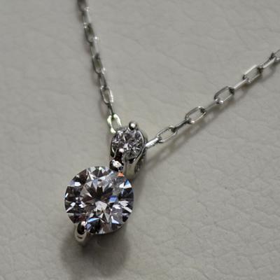 【ジュエリー/ダイヤモンド/ネックレス】PT ダイヤモンドペンダントネックレス D/0.28カラット
