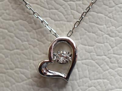 【ジュエリー/ダイヤモンド/ネックレス】K18WG ダイヤモンドペンダントネックレス D/0.05カラット <ダンシングストーン>
