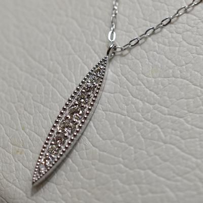 【ジュエリー/ダイヤモンド/ネックレス】K18WG ダイヤモンドペンダントネックレス D/0.20カラット