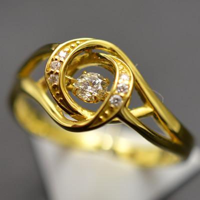 【ジュエリー/ダイヤモンド/指輪】K18 ダイヤモンドダンシングストーンリング D/0.13カラット