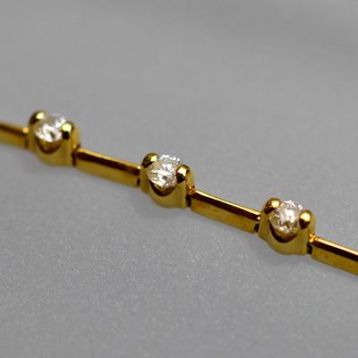 【ジュエリー/ダイヤモンド/ブレスレット】K18 ダイヤモンドステーションブレスレット D/1.50カラット