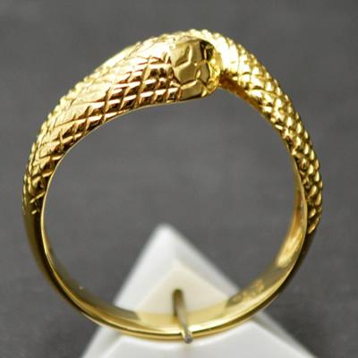 【ジュエリー/ダイヤモンド/指輪】K18 ダイヤモンドリング(ヘビモチーフ) D/0.10カラット