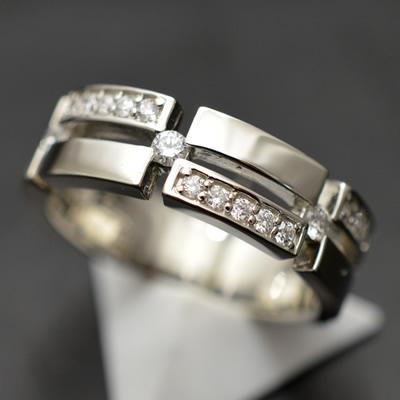 【ジュエリー/ダイヤモンド/指輪】PT ダイヤモンドリング D/0.30カラット