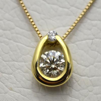 【ジュエリー/ダイヤモンド/ネックレス】K18 ダイヤモンドペンダントネックレス D/0.30カラット