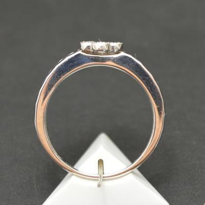 【ジュエリー/ダイヤモンド/指輪】PT ダイヤモンドリング D/0.23カラット