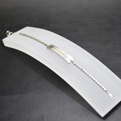 【ジュエリー/ダイヤモンド/ブレスレット】K18WG ダイヤモンドプレートブレス D/0.3カラット