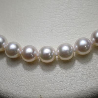 【ジュエリー/真珠/ネックレス】花珠オーロラパールネックレス 7.5mm〜8.0mm