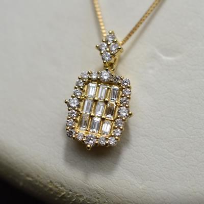 【ジュエリー/ダイヤモンド/ネックレス】K18 ダイヤモンドペンダントネックレス D/0.47カラット