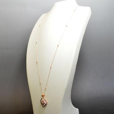 【ジュエリー/ダイヤモンド/ネックレス】K18PG アゲート(瑪瑙/めのう)ロングネックレス D/0.37カラット