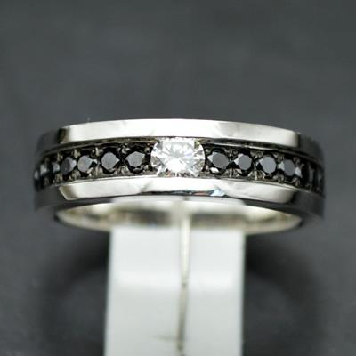【ジュエリー/ダイヤモンド/指輪】PTブラックダイヤモンドリング D/0.22カラット BD/0.50カラット