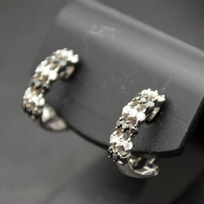 【ジュエリー/ダイヤモンド/ピアス/イヤリング】K18WG ダイヤモンドピアス/イヤリング D/0.50カラット