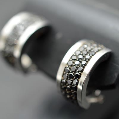 【ジュエリー/ダイヤモンド/ピアス/イヤリング】K18WG ブラックダイヤモンドピアス/イヤリング D/1.00カラット