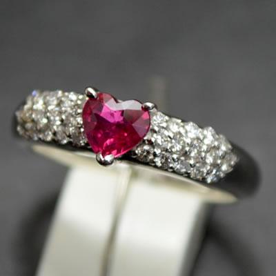 【ジュエリー/ルビー/ダイヤモンド/指輪】PTハートシェイプルビーダイヤモンドリング R/0.46カラット D/0.29カラット