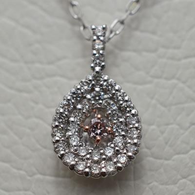 【ジュエリー/ダイヤモンド/ネックレス】PT K18WGピンクダイヤモンドペンダントネックレス D/0.22カラット