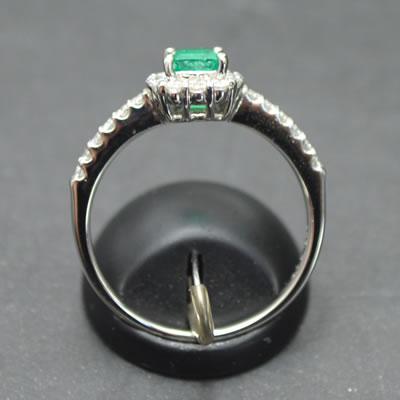 【ジュエリー/エメラルド/指輪】PT エメラルドリング E/0.45カラット D/0.32カラット