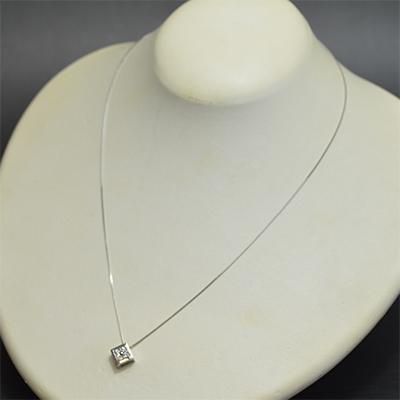 【ジュエリー/ダイヤモンド/ネックレス】PTダイヤモンドペンダントネックレス D/0.16カラット