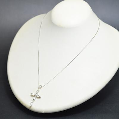 【ジュエリー/ダイヤモンド/ネックレス】PTピンクダイヤモンドクロスペンダントネックレス D/1.50カラット