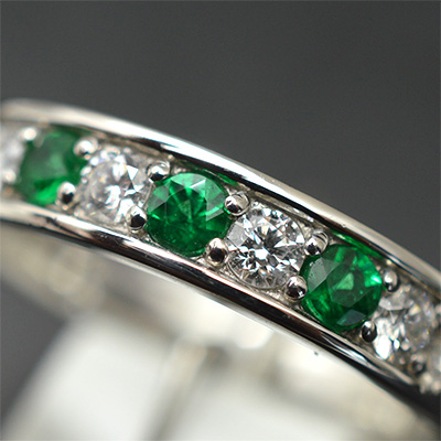 【ジュエリー/エメラルド/指輪】PT エメラルドダイヤモンドリング E/0.17カラット D/0.20カラット