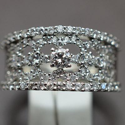【ジュエリー/ダイヤモンド/指輪】PT900 ダイヤモンドリング D/1.00カラット