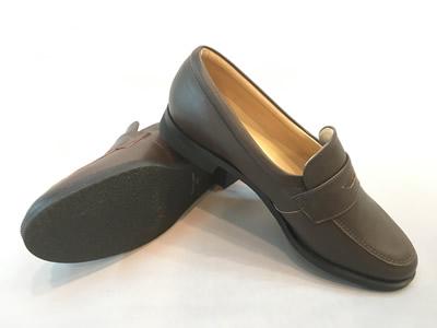 やわらかいローファーST7189(足幅細めタイプ)合成皮革:靴のキング堂オリジナル通学靴 ブラウン/22.5cm