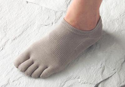【レディース/5本指靴下】人間を考える足である フリーサイズ(22〜24cm)シルクタイプ/ホワイト