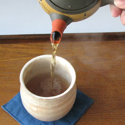 【ほうじ用茶葉】茎茶 かりがね 竹印 100g /お家で簡単にほうじ茶作り!