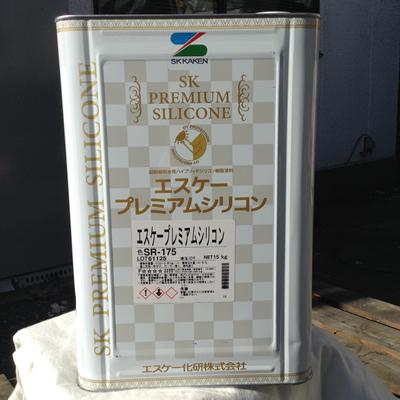 【塗料品/水性/上塗り】エスケー プレミアムシリコン 標準色【艶有り】/4kg